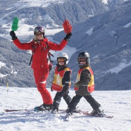 Children-Ski-lesson-special-offers